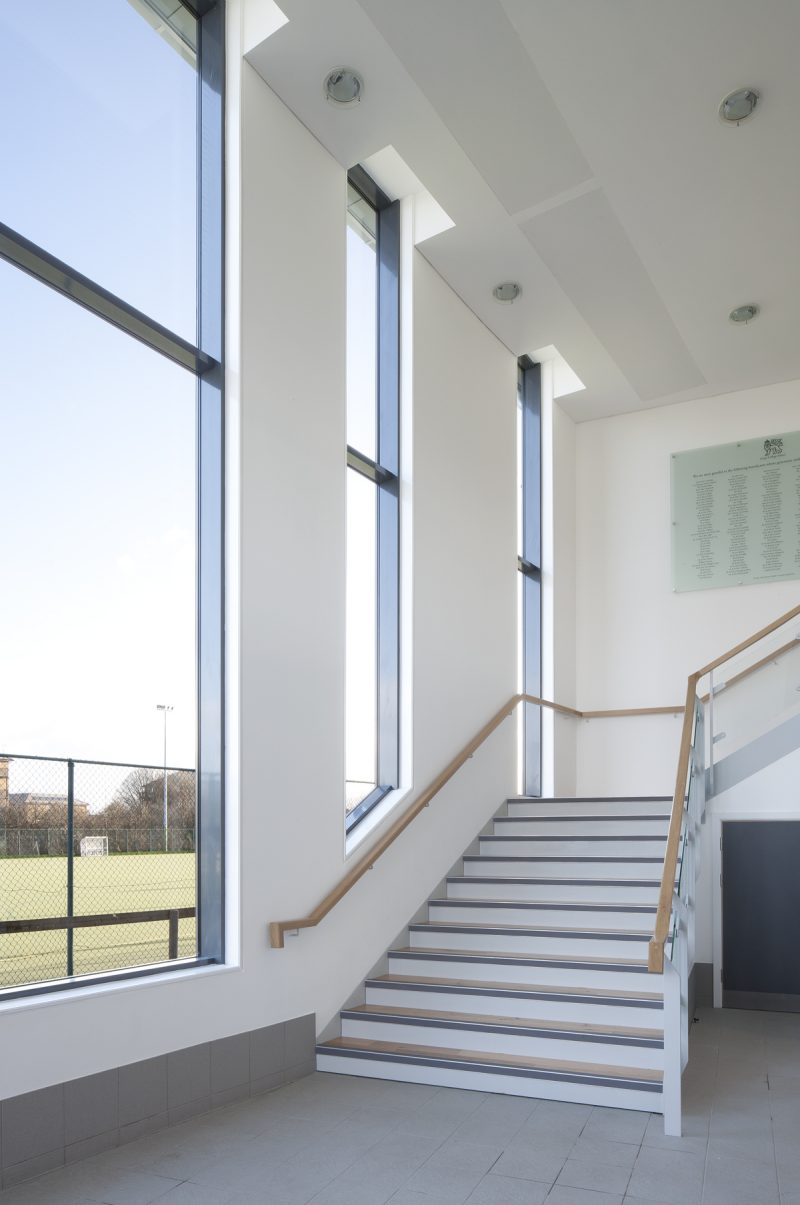 King's College, Wimbledon - Sports Pavillon - Interior